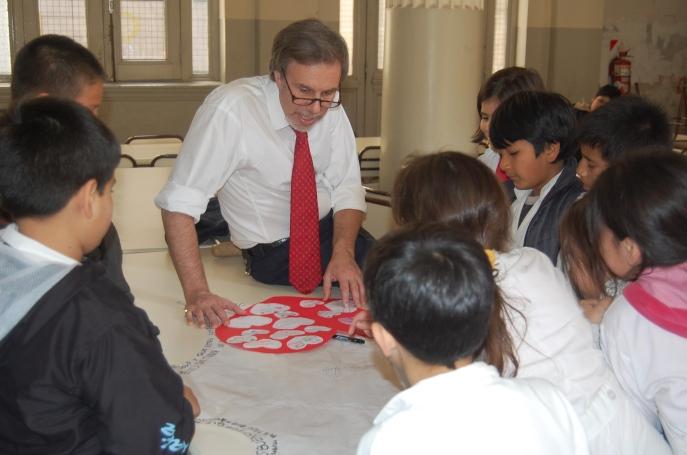 Presentación de El cuaderno escondido en la escuela Nº 7 Presidente Roca en Buenos Aires